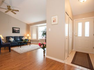 Photo 2: 75 120 Finholm St in The Meadows: Townhouse for sale : MLS®# 354293