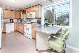 Photo 3: 1302 HAMILTON Street in New Westminster: West End NW House for sale : MLS®# R2258530