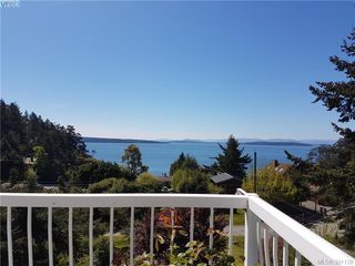 Main Photo: 27144 Schooner Way in PENDER ISLAND: GI Pender Island Single Family Detached for sale (Gulf Islands)  : MLS®# 391128