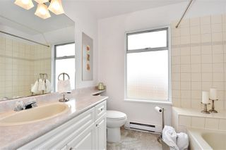 """Photo 14: 1274 W 6TH Avenue in Vancouver: Fairview VW Townhouse for sale in """"VANDERLEE COURT"""" (Vancouver West)  : MLS®# R2270048"""
