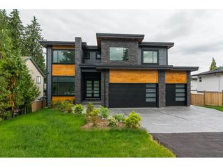 Photo 1: 19959 48 Avenue in Langley: Langley City House for sale : MLS®# R2279605