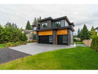Photo 2: 19959 48 Avenue in Langley: Langley City House for sale : MLS®# R2279605