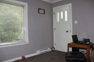 Photo 2: 529 COMMISSION Street in Hope: Hope Center House for sale : MLS®# R2283720