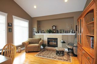 "Photo 5: 19826 SILVERTHORNE Place in Pitt Meadows: South Meadows House for sale in ""BONSON LANDING"" : MLS®# R2287550"