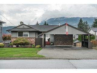 Photo 2: 2221 BROOKMOUNT Drive in Port Moody: Port Moody Centre House for sale : MLS®# R2306453