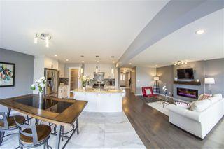 Main Photo: 156 CASTLE Drive in Edmonton: Zone 27 House for sale : MLS®# E4131727