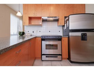 """Photo 5: 601 1551 FOSTER Street: White Rock Condo for sale in """"Sussex House"""" (South Surrey White Rock)  : MLS®# R2312968"""