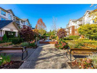 "Photo 20: 204 2167 152 Street in Surrey: Sunnyside Park Surrey Condo for sale in ""Muirfield Gardens"" (South Surrey White Rock)  : MLS®# R2329552"