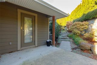 Photo 28: 860 Rainbow Cres in VICTORIA: SE High Quadra Single Family Detached for sale (Saanich East)  : MLS®# 804303