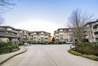 "Main Photo: 304 7337 MACPHERSON Avenue in Burnaby: Metrotown Condo for sale in ""CADENCE"" (Burnaby South)  : MLS®# R2337902"