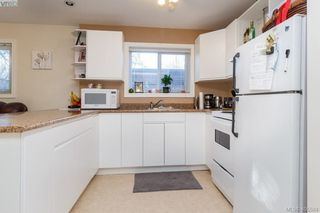Photo 16: 3934 Mimosa Place in VICTORIA: SW Marigold Single Family Detached for sale (Saanich West)  : MLS®# 405584