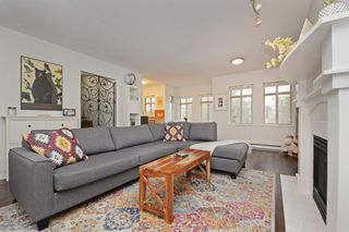 Main Photo: 31 3036 W 4TH Avenue in Vancouver: Kitsilano Townhouse for sale (Vancouver West)  : MLS®# R2341781