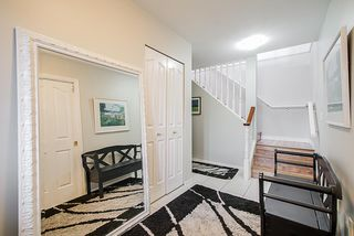 Photo 3: 1915 159A Street in Surrey: King George Corridor House for sale (South Surrey White Rock)  : MLS®# R2342942