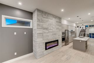 Photo 10: 9325 75 Avenue in Edmonton: Zone 17 House for sale : MLS®# E4148282