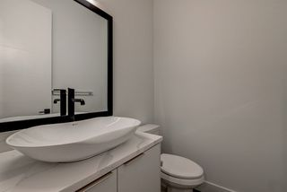 Photo 12: 9325 75 Avenue in Edmonton: Zone 17 House for sale : MLS®# E4148282