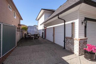 """Photo 16: 9125 207B Street in Langley: Walnut Grove House for sale in """"Greenwood Estates - Central Walnut Grove"""" : MLS®# R2354979"""