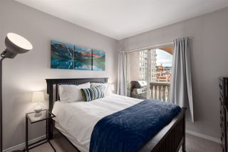 """Photo 10: 1104 680 CLARKSON Street in New Westminster: Downtown NW Condo for sale in """"The Clarkson"""" : MLS®# R2357294"""