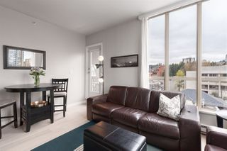 """Photo 8: 1104 680 CLARKSON Street in New Westminster: Downtown NW Condo for sale in """"The Clarkson"""" : MLS®# R2357294"""