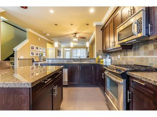 """Photo 2: 34 19560 68 Avenue in Surrey: Clayton Townhouse for sale in """"SOLANA"""" (Cloverdale)  : MLS®# R2357431"""