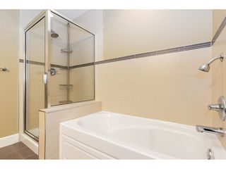 """Photo 12: 34 19560 68 Avenue in Surrey: Clayton Townhouse for sale in """"SOLANA"""" (Cloverdale)  : MLS®# R2357431"""