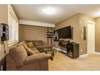 """Photo 16: 34 19560 68 Avenue in Surrey: Clayton Townhouse for sale in """"SOLANA"""" (Cloverdale)  : MLS®# R2357431"""