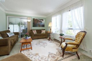 Photo 4: 1724 Leighton Road in VICTORIA: Vi Jubilee Row/Townhouse for sale (Victoria)  : MLS®# 408758