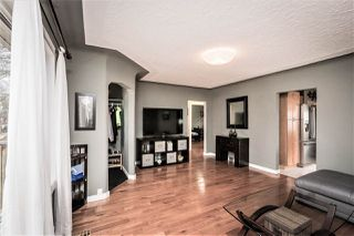 Photo 5: 8744 81 Ave in Edmonton: Zone 17 House for sale : MLS®# E4155997