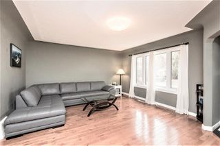 Photo 3: 8744 81 Ave in Edmonton: Zone 17 House for sale : MLS®# E4155997