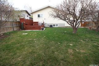 Photo 27: 607 CANDLE Way in Saskatoon: Lawson Heights Residential for sale : MLS®# SK771563