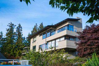 """Photo 2: 5495 WEST VISTA Court in West Vancouver: Upper Caulfeild House for sale in """"UPPER CAULFEILD"""" : MLS®# R2376680"""