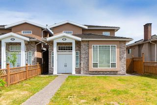 Main Photo: 278 STRATFORD Avenue in Burnaby: Capitol Hill BN House 1/2 Duplex for sale (Burnaby North)  : MLS®# R2379382