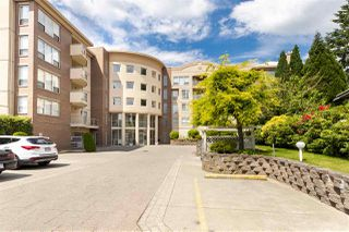 """Main Photo: 105 33731 MARSHALL Road in Abbotsford: Central Abbotsford Condo for sale in """"Stephanie Place"""" : MLS®# R2381091"""