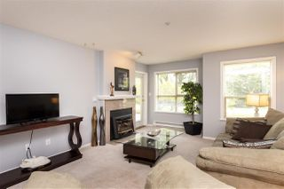 """Photo 5: 105 33731 MARSHALL Road in Abbotsford: Central Abbotsford Condo for sale in """"Stephanie Place"""" : MLS®# R2381091"""