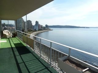 Photo 11: 905 150 24TH Street in West Vancouver: Dundarave Condo for sale : MLS®# R2427493