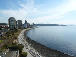 Photo 2: 905 150 24TH Street in West Vancouver: Dundarave Condo for sale : MLS®# R2427493