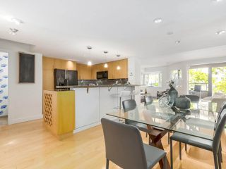 Photo 5: 2411 W 1ST AVENUE in Vancouver: Kitsilano Townhouse for sale (Vancouver West)  : MLS®# R2191405