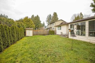 "Photo 2: 16112 10 Avenue in Surrey: King George Corridor House for sale in ""South Meridian/ McNally Creek"" (South Surrey White Rock)  : MLS®# R2436037"