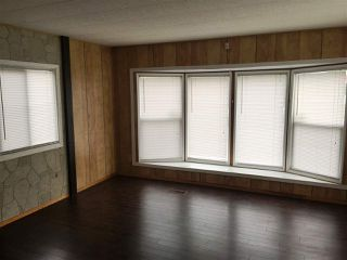 """Photo 2: 8 1884 HEATH Road: Agassiz Manufactured Home for sale in """"Heath Court"""" : MLS®# R2440662"""