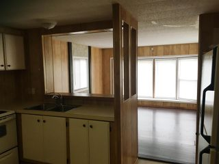 """Photo 3: 8 1884 HEATH Road: Agassiz Manufactured Home for sale in """"Heath Court"""" : MLS®# R2440662"""