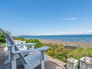 Photo 2: 5525 W Island Hwy in QUALICUM BEACH: PQ Qualicum North House for sale (Parksville/Qualicum)  : MLS®# 837912