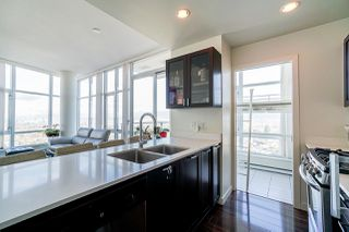 Photo 3: 2302 4815 ELDORADO MEWS in Vancouver: Collingwood VE Condo for sale (Vancouver East)  : MLS®# R2427247