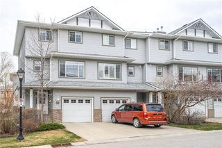 Photo 1: 81 CRYSTAL SHORES Cove: Okotoks Row/Townhouse for sale : MLS®# C4296195