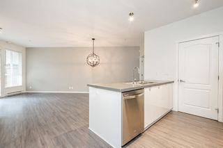 """Photo 4: 111 3107 WINDSOR Gate in Coquitlam: New Horizons Condo for sale in """"Bradley House at Windsor Gate"""" : MLS®# R2461759"""