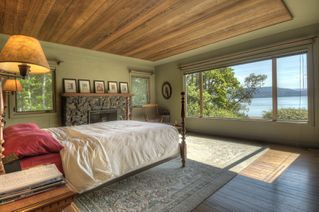 Photo 4: 645 Towner Park Rd in North Saanich: NS Deep Cove House for sale : MLS®# 370902