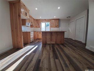 Photo 4: 1427 C Avenue North in Saskatoon: Mayfair Residential for sale : MLS®# SK815258