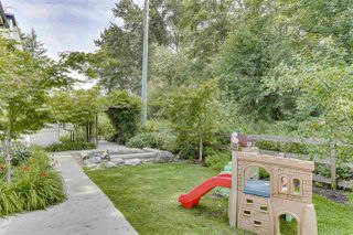 """Photo 22: 95 15588 32 Avenue in Surrey: Grandview Surrey Townhouse for sale in """"THE WOODS"""" (South Surrey White Rock)  : MLS®# R2472675"""