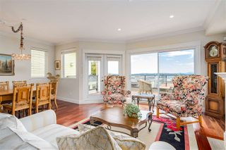 "Photo 12: 15090 BEACHVIEW Avenue: White Rock House for sale in ""White Rock Beach Hillside"" (South Surrey White Rock)  : MLS®# R2472684"