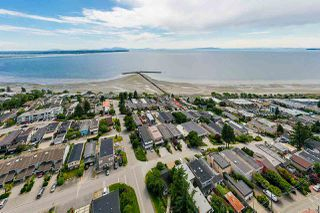 "Photo 40: 15090 BEACHVIEW Avenue: White Rock House for sale in ""White Rock Beach Hillside"" (South Surrey White Rock)  : MLS®# R2472684"