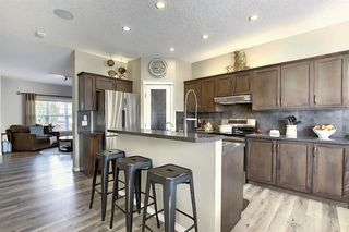 Photo 8: 90 WALDEN Manor SE in Calgary: Walden Detached for sale : MLS®# A1035686