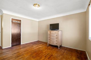 Photo 11: 595 Tait St in : SW Marigold House for sale (Saanich West)  : MLS®# 856577